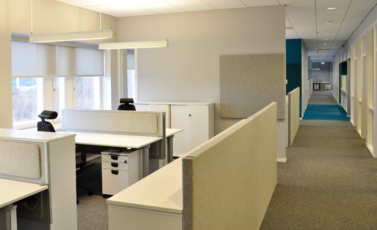 Kontorslandskap, ljusa färger och bra ljudmiljö