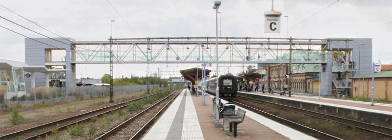 Förbinder Halmstad C med Halmstad regionbussterminal